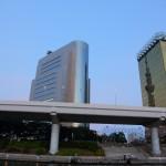 東京スカイツリー ビルに映る鏡ツリー ダブルツリーで